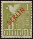Lot n� 4744 - ** - --- BERLIN 17B : 1m. olive, surcharge rouge, TB